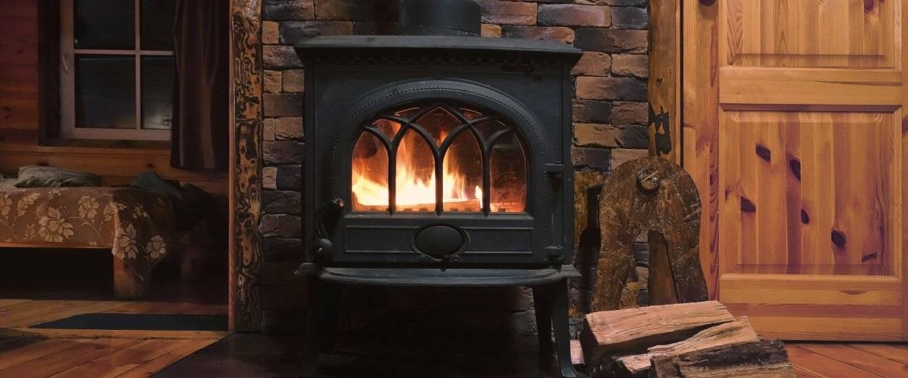 Топ-10 лучших печей-каминов для дачи длительного горения: рейтинг 2020 года чугунных дровяных моделей и описание их параметров