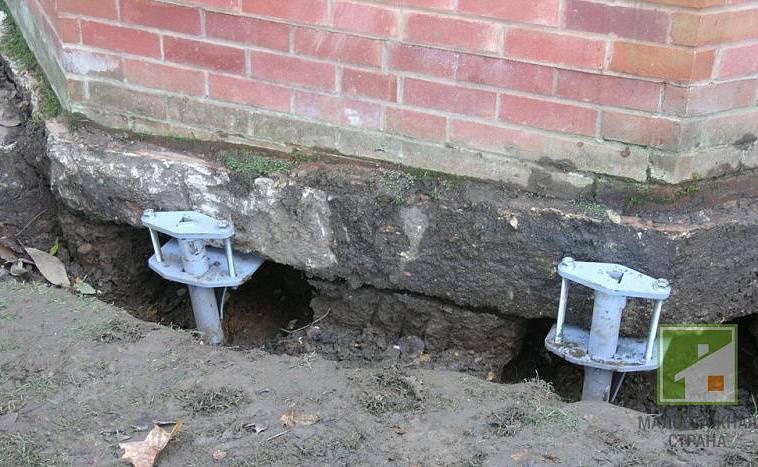Какие ошибки при строительстве фундамента частного дома и легких строений допускают: виды нарушений- обзор +видео