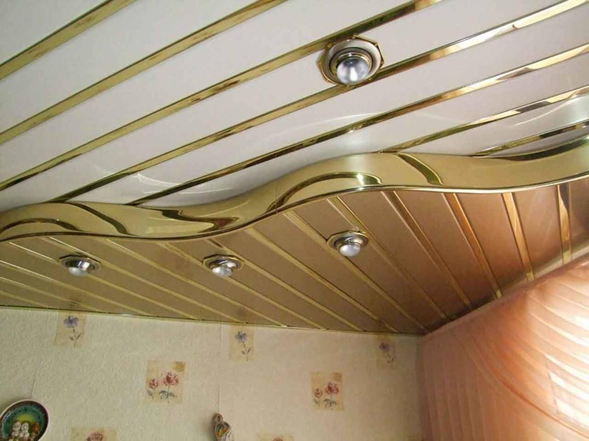 Потолки из пластиковых панелей своими руками, фото