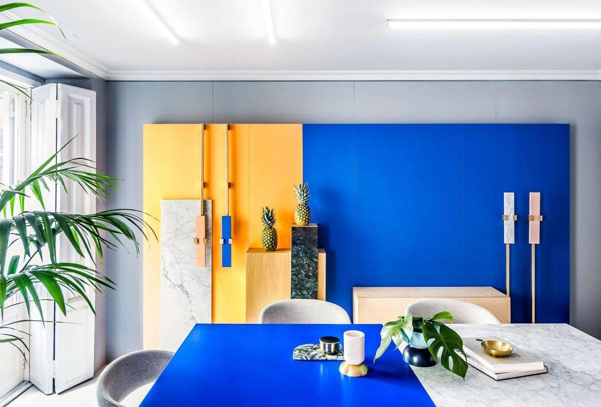 Желтый в интерьере: фото дизайна, идеи оформления комнат