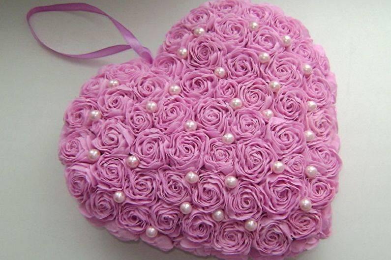 Маленькие розы из фоамирана: как их сделать по шаблонам из кружков? пошаговый мастер-класс по созданию розы своими руками. красивые работы цветов из фоамирана