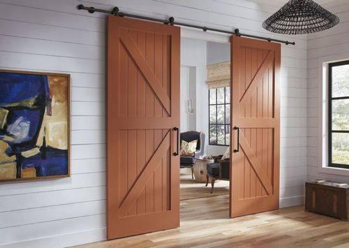 Как выбрать межкомнатные двери из массива сосны