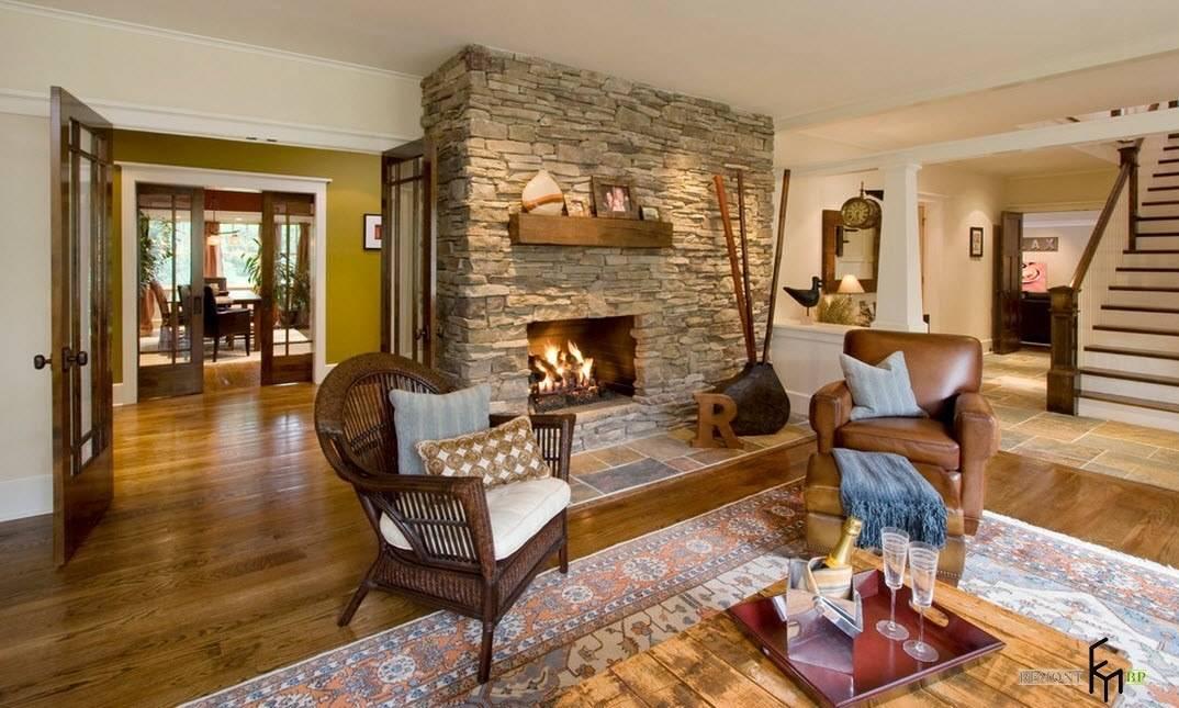 Интерьер гостиной с камином: фото лучших решений