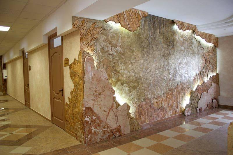 Декоративная венецианская штукатурка для стен и не только: фото в интерьере, советы по нанесению для внутренней отделки своими руками, виды покрытия, и как наносить?