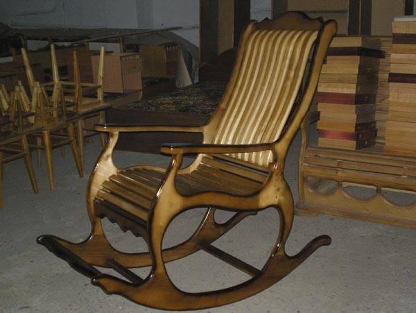 Как самостоятельно сделать кресло-качалку из дерева