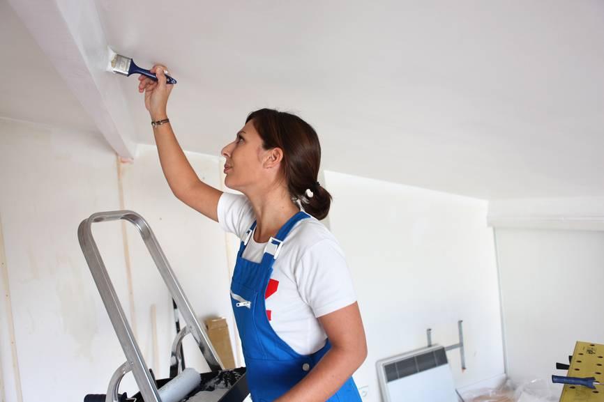 Как выбрать моющуюся краску для стен?