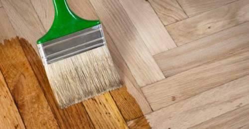 Чем покрыть деревянный пол — лак, масла или краска