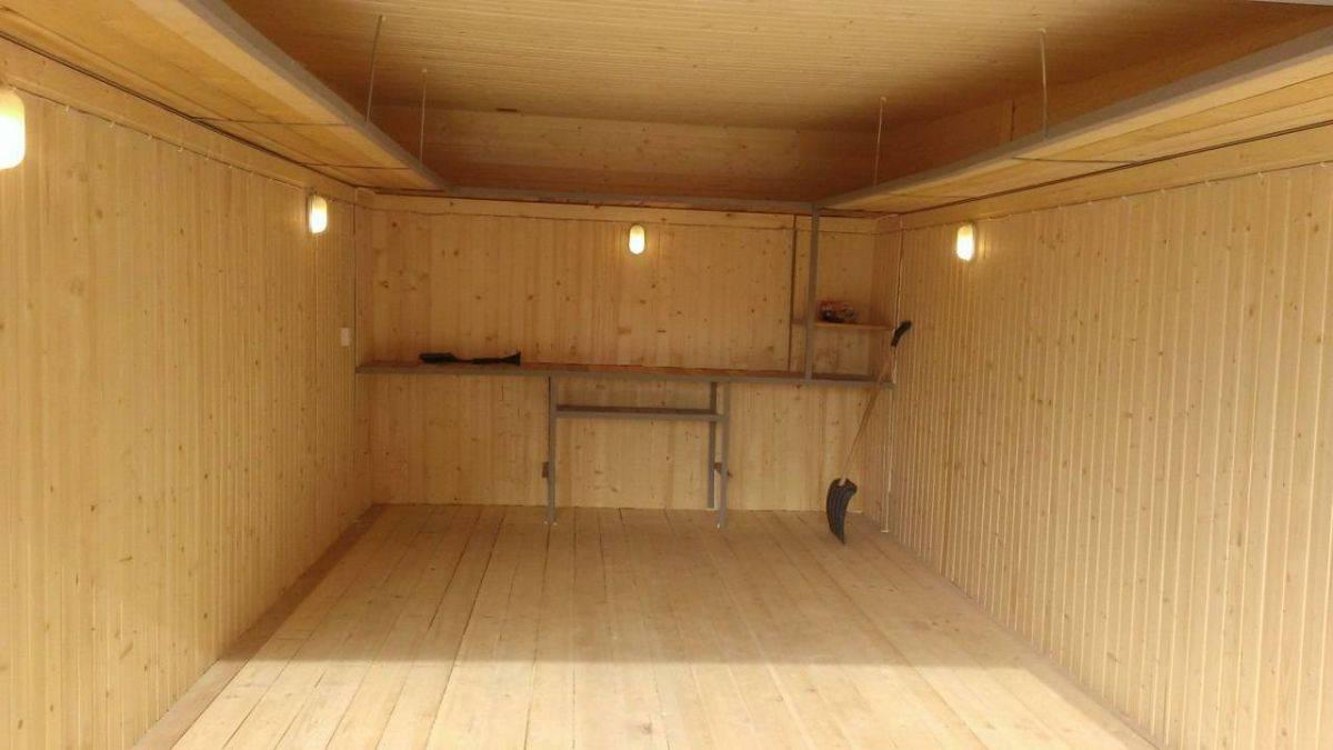 Как изнутри обшить вагонкой деревянный дом, своими руками отделать баню, правильно облицевать парилку, а также как лучше осуществить процесс?