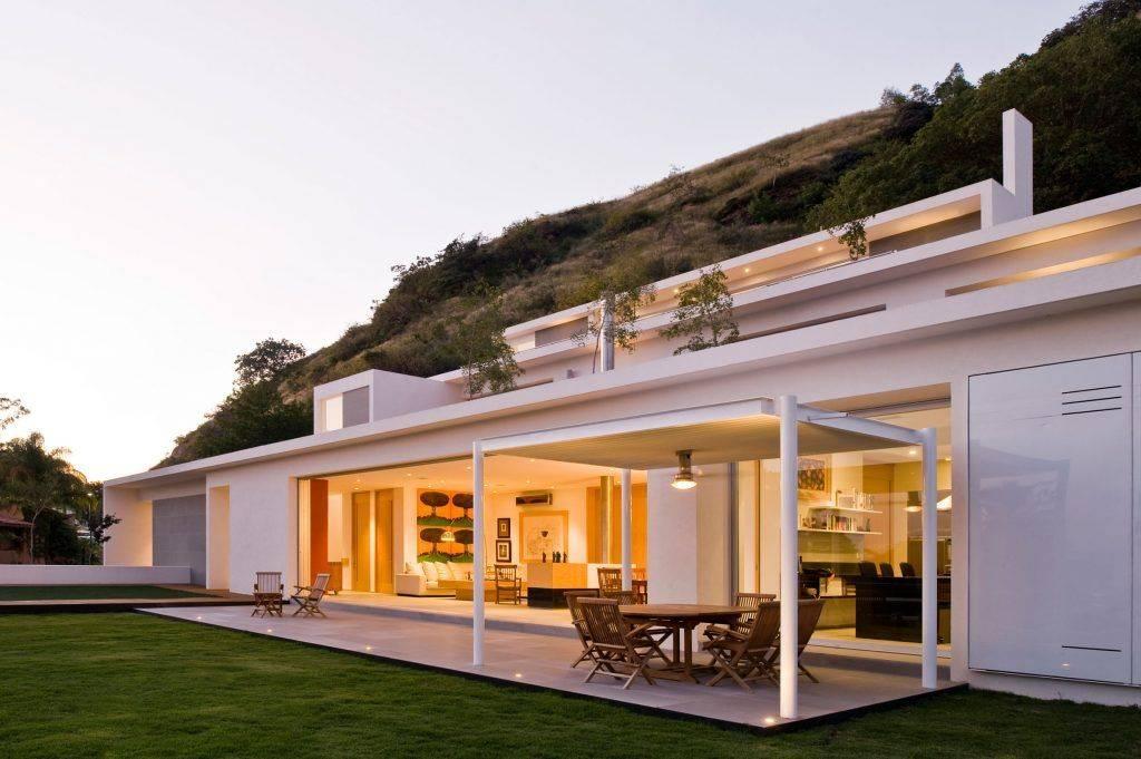 Проекты одноэтажных домов с террасой: 80 фото лучших реализаций