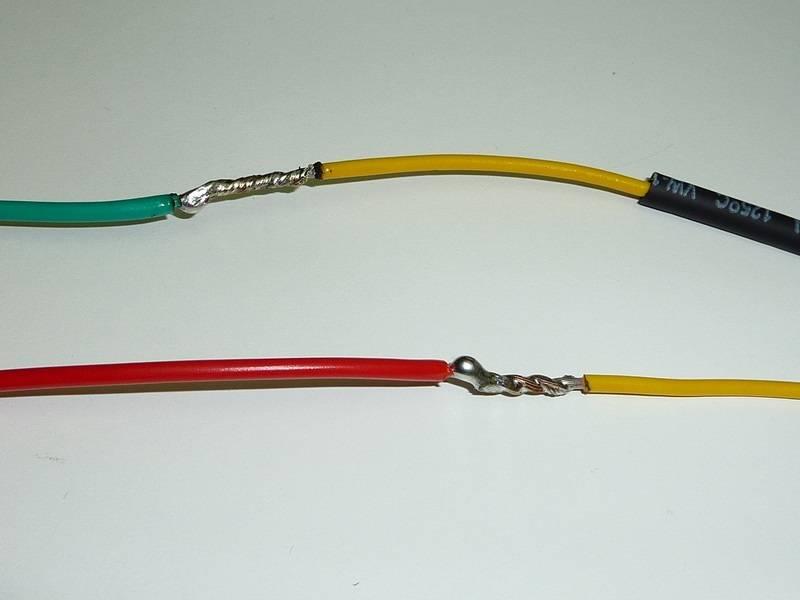 Соединение электрических проводов в распределительной коробке