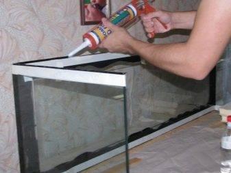 Инструкция по применению «жидких гвоздей»: как правильно клеить и сколько сохнет клей