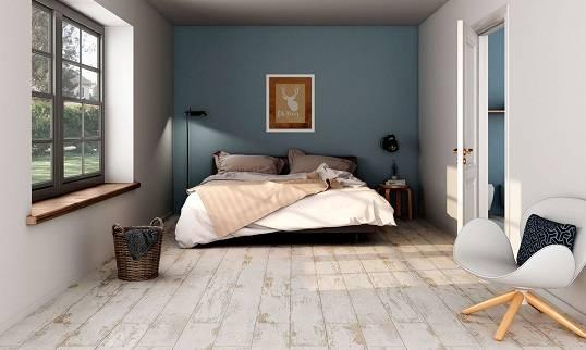 Напольная плитка под дерево: керамическая и кафельная на стены, для ванной комнаты и кухни, текстура, укладка, фото