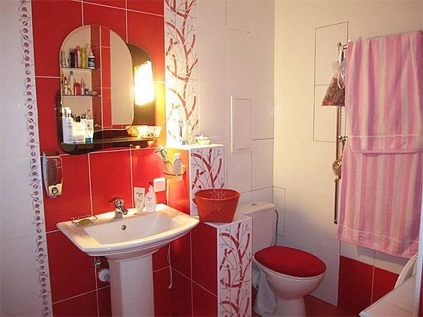 Красная ванная комната: 115 фото уникальных примеров использования красного цвета в ванной