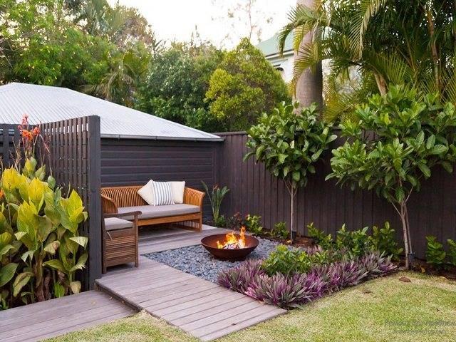 Как самостоятельно оформить двор частного дома