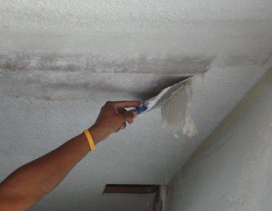 Побелка потолка водоэмульсионной краской своими руками: как правильно побелить, как белить валиком самостоятельно