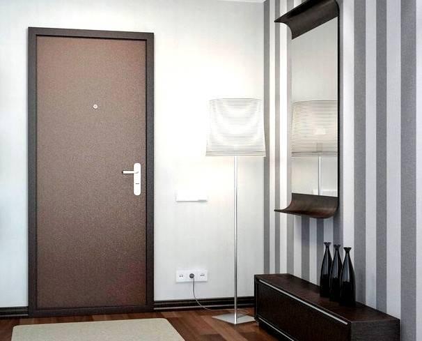 Как выбрать материал для отделки входной двери изнутри квартиры