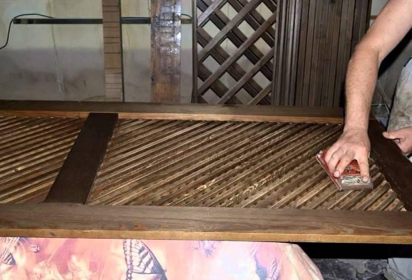 Браширование древесины своими руками: особенности процесса, назначение, подбор инструментов