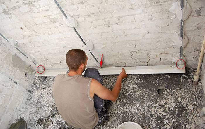Штукатурка стен по маякам своими руками: правила выравнивания и как наносить состав