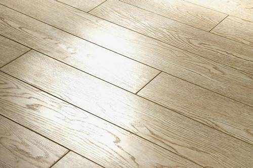 Как правильно выбрать хороший ламинат для квартиры: классы, качество и производители
