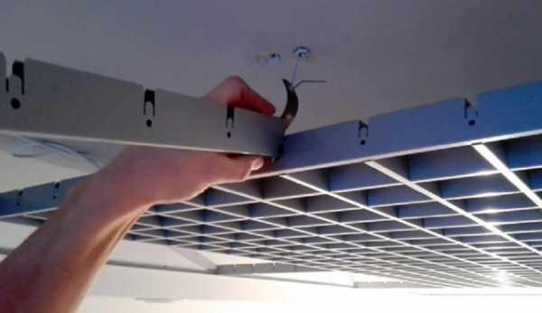 Потолок «грильято»: плюсы и минусы