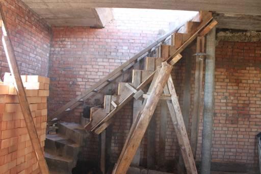 Как сделать входную монолитную бетонную лестницу своими руками