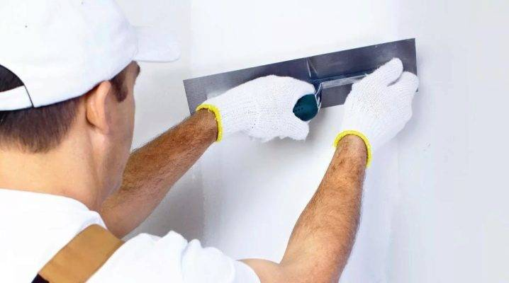 Штукатурка стен гипсовой штукатуркой: как разводить гипсовую смесь, как наносить на цементную штукатурку, оштукатуривание стен своими руками