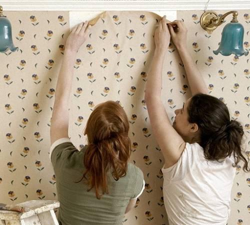 Как убрать пузыри на обоях после поклейки и высыхания, способы избавиться
