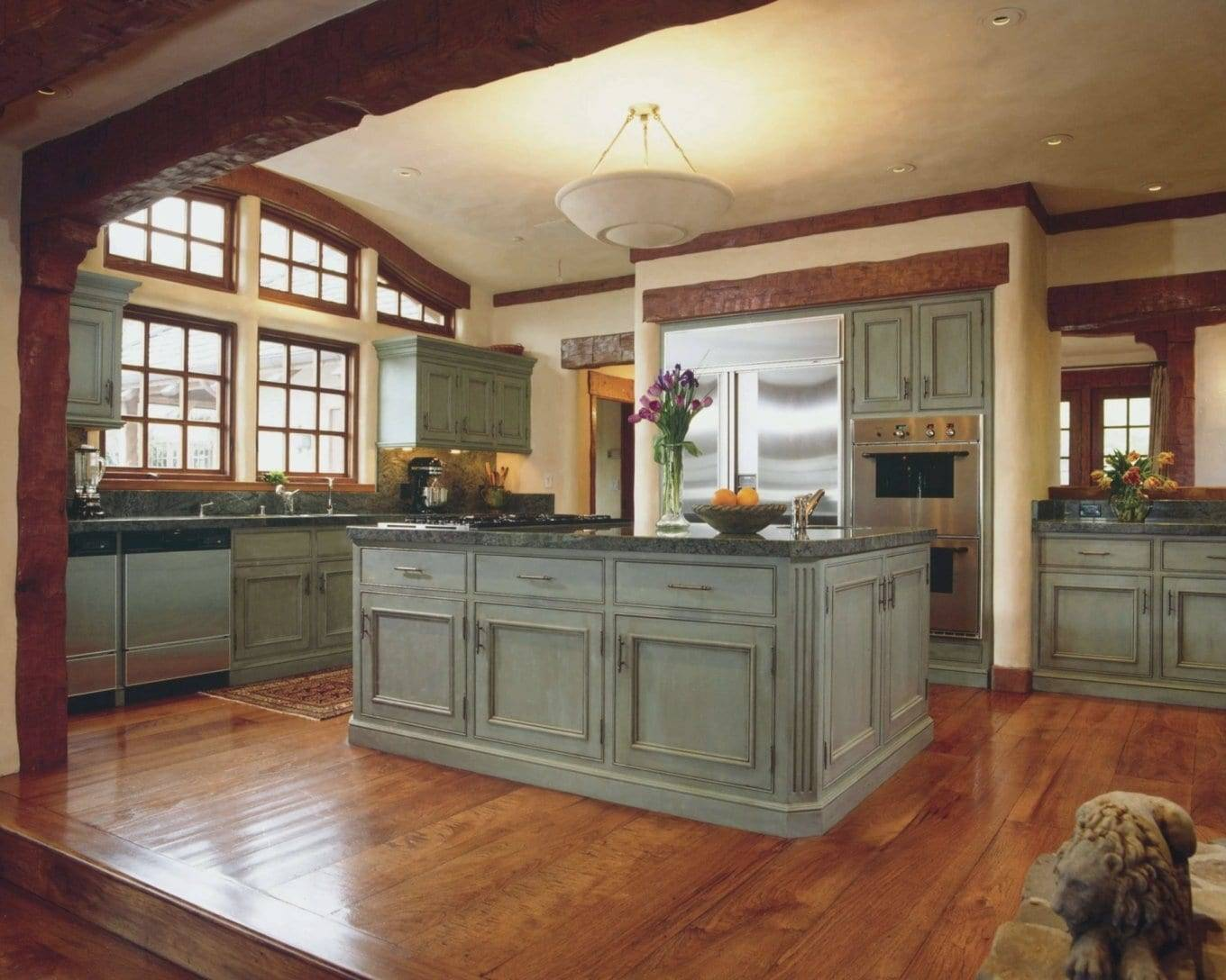 Кухня в стиле «five o'clock»: английские традиции в кухонном интерьере