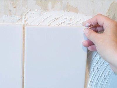 Как прикрепить гипсокартон к стене из плитки