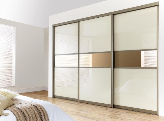 Белый шкаф в интерьере спальни — виды оформления и правила сочетания, какой лучше выбрать