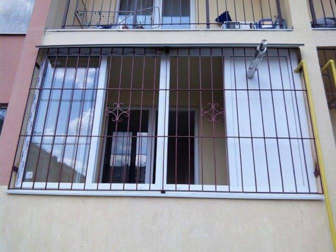 Решетки на окна: виды, выбор, что можно сделать самому, изготовление (+ правила заказа заводских)