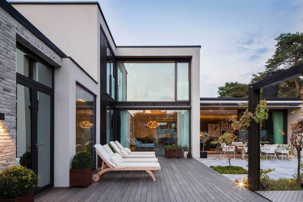 Панорамные окна в квартире и частном доме
