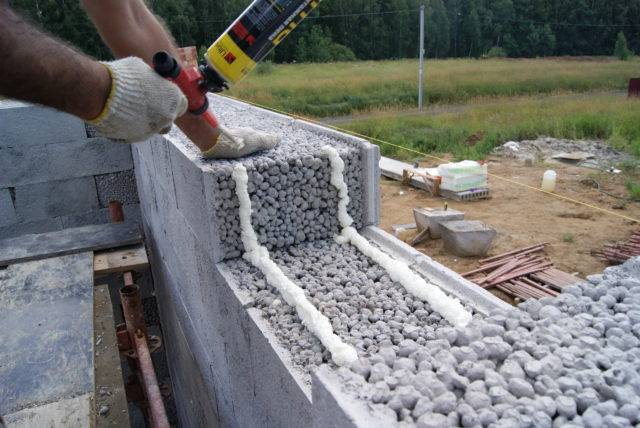 Кладка керамзитобетонных блоков – порядок проведения работ