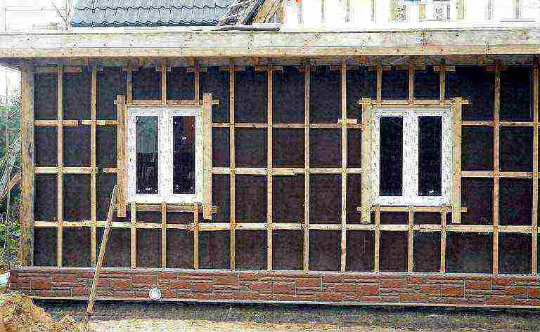 Как правильно выбрать обрешетку под сайдинг + технология монтажа деревянного и металлического профиля