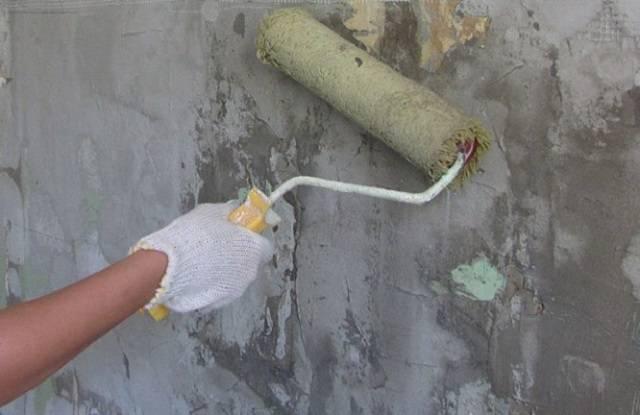 Как клеить обои на бетонные стены – с чего начать, какие выбрать