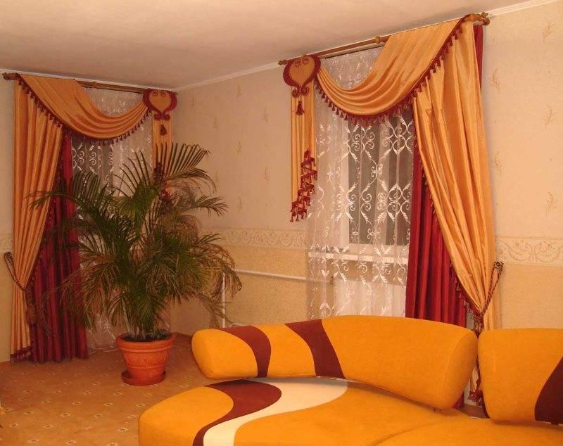 Бордовые шторы в спальне (46 фото): варианты дизайна интерьера со шторами винного цвета и других бордовых оттенков