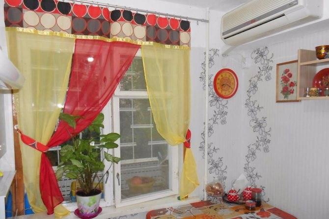 Зеленые шторы в спальню: 135 фото красивого сочетания штор с зеленым оттенком в современной спальне