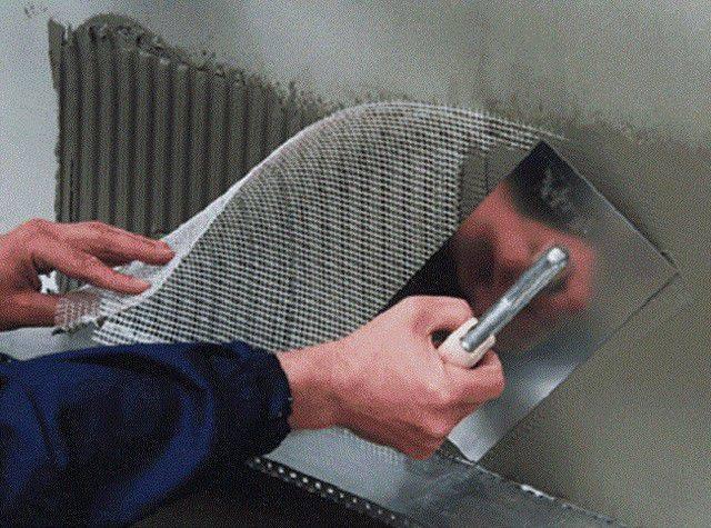 Штукатурная сетка из стекловолокна — плюсы и минусы применения