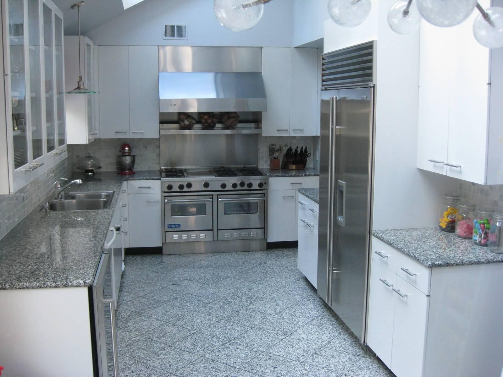 Сочетание цветов в интерьере кухни: 75 фото,выбор, советы