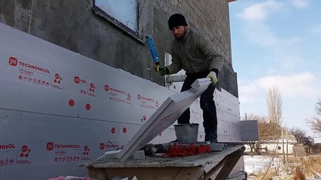 Как просто прикрепить пеноплекс к стене