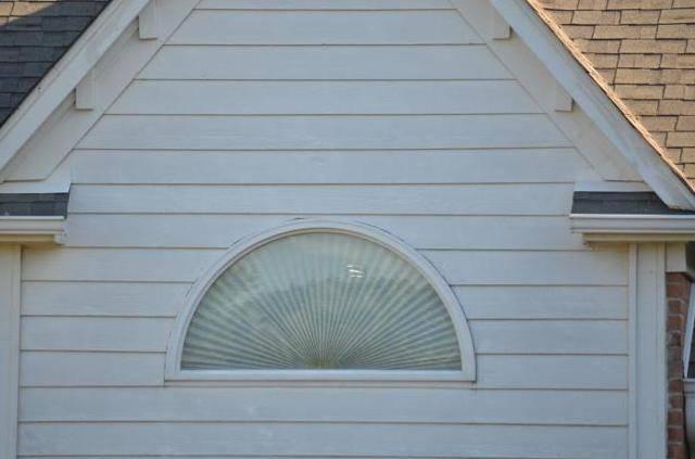 Актриловый сайдинг или виниловый - какой лучше? фото видов акрилового сайдинга под дерево и бревно