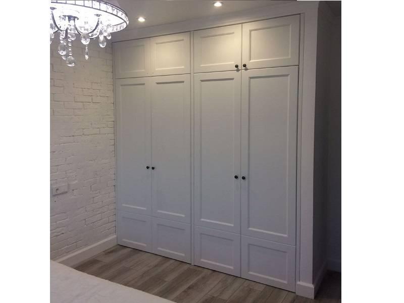Белые шкафы в спальню: разновидности и особенности выбора