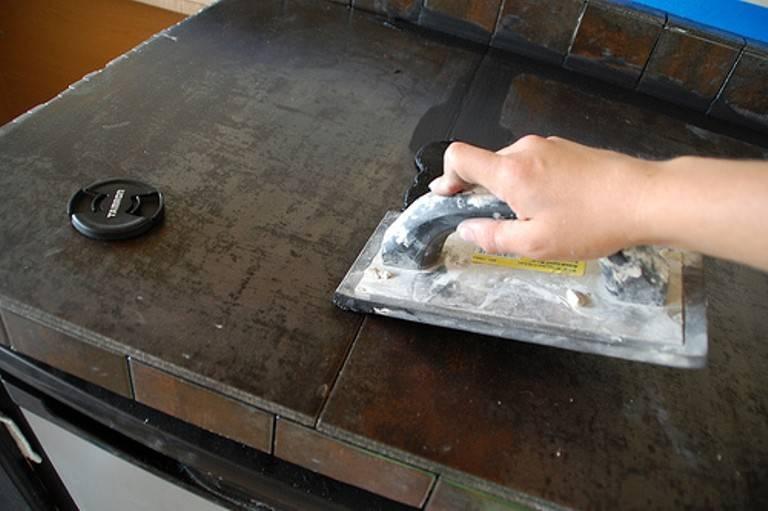 Керамическая столешница для кухни:  особенности, плюсы, минусы, как сделать своими руками.