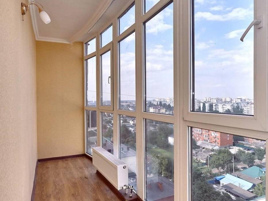 Французские окна: разновидности панорамных конструкций, преимущества и применение в интерьере квартиры
