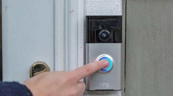 Дверной звонок с камерой: модели с видеокамерой и монитором для квартиры, беспроводные с wi-fi и проводные звонки с камерой на дверь