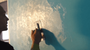 Краски для стен с блестками: выбор красящего состава, для какого интерьера подойдет и правила окрашивания | в мире краски