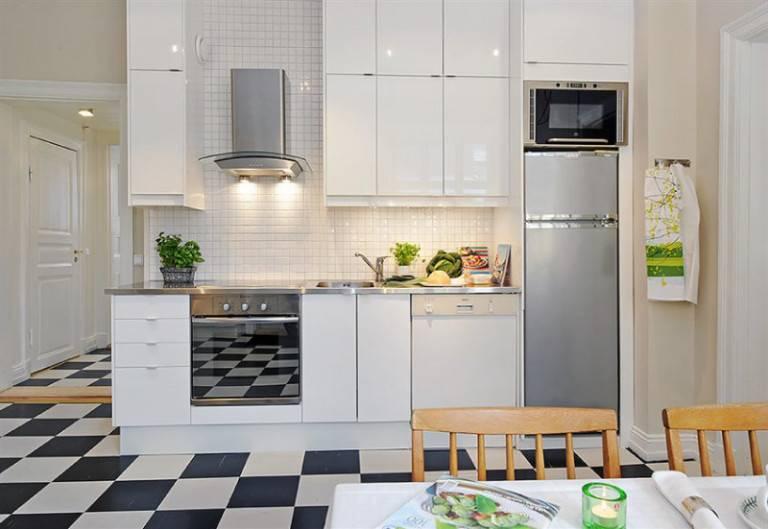 Можно ли ставить холодильник на холодильник: тонкости и нюансы расположения бытовых приборов