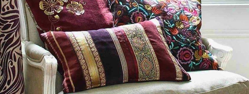 Декоративные подушки в интерьере — 50 вдохновляющих фото идей