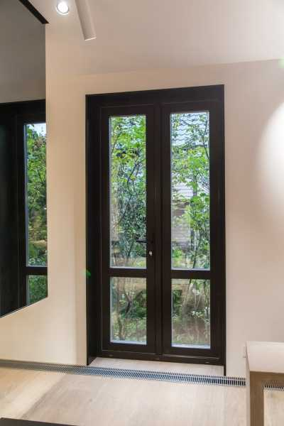 Окна в пол - что нужно знать при выборе таких конструкций!