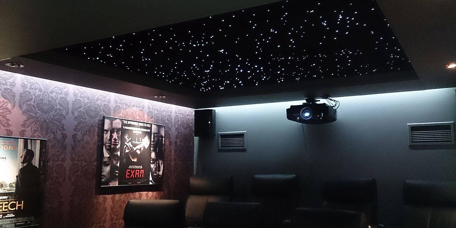 Как сделать потолок звездное небо с эффектом мерцания?
